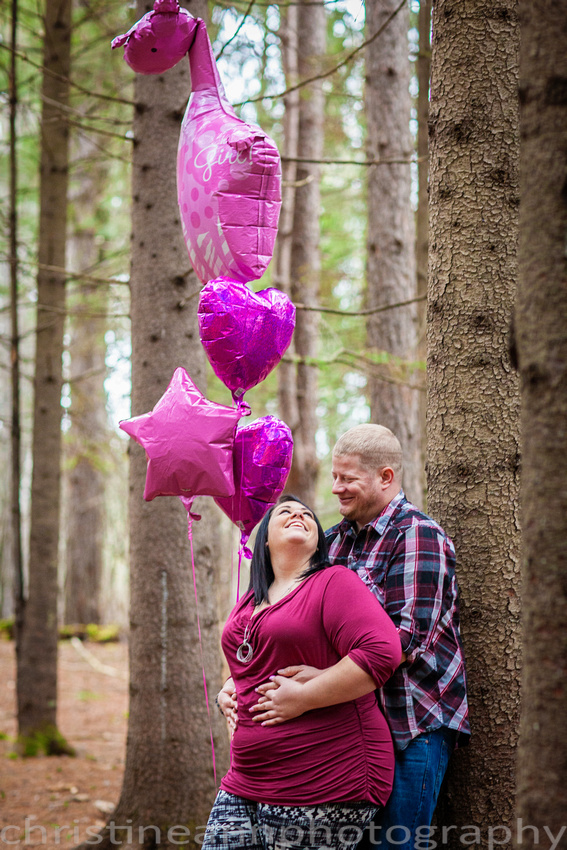Couples maternity gender reveal with balloons hartley  nature center Duluth MN photographer