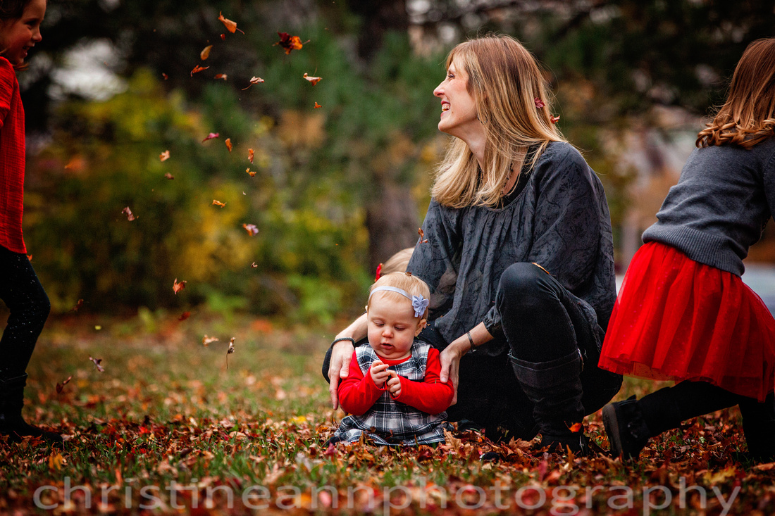 Duluth MN children photography session at north shore in the fall with four sisters.
