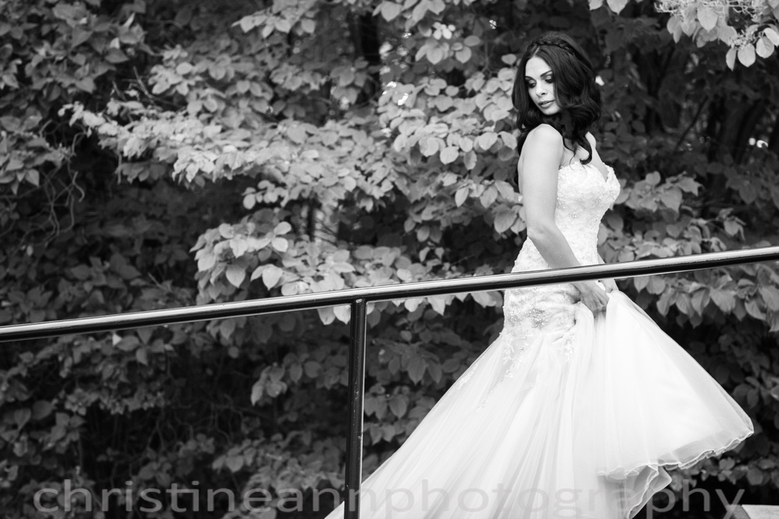 Gorgeous bride candid photograph Duluth MN Woman's Club